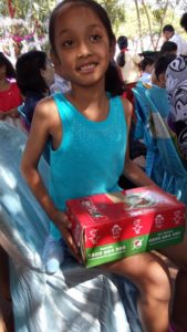operation-christmas-child-box-with-jessica
